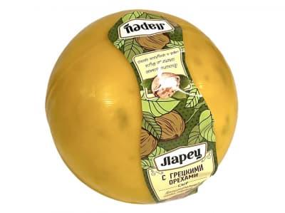 Сыр с грецким орехом Ларец 900г